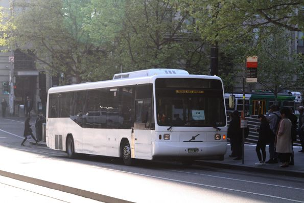 Rockleigh Tours bus BS00US on route 232 at Southern Cross Station