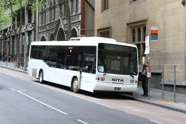 Sita bus #223 BS00OW heads south on route 216 at Queen and Collins Street