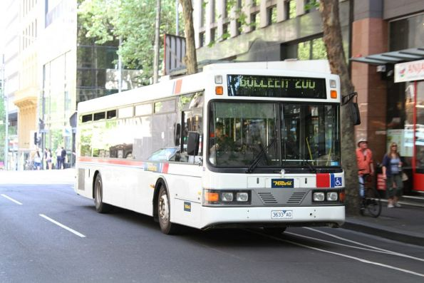 Ventura bus #33 3633AO heads north on route 200 at Queen and Bourke Street