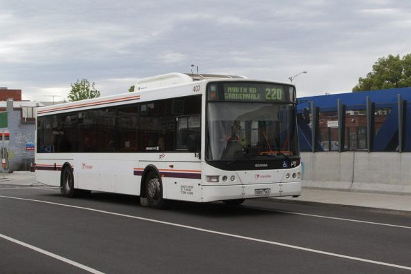 Transdev bus #407 rego 5907AO crosses the Albert Street bridge in Footscray with a route 220 service