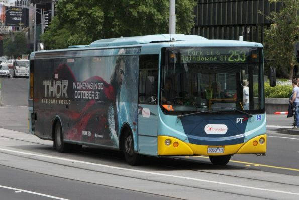Transdev bus rego 6850AO northbound on Queensbridge Street with a route 253 service