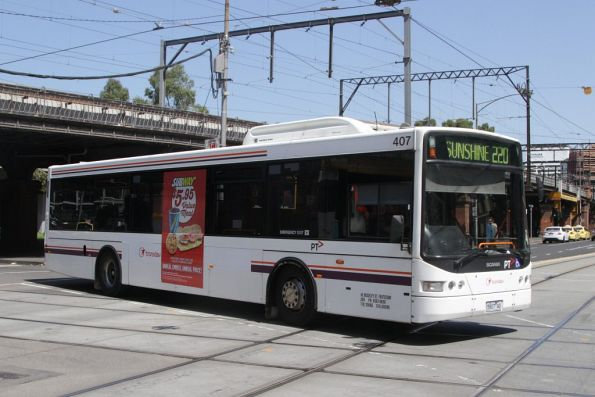 Transdev bus #407 rego 5907AO on route 220 at William and Flinders Street