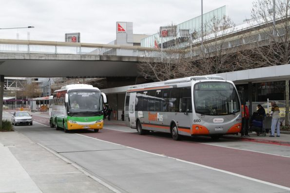 Transdev #660 waiting at the route 901 stop at Melbourne Airport