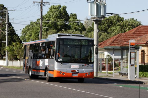 Transdev bus #571 rego 6335AO on a route 903 service in Sunshine