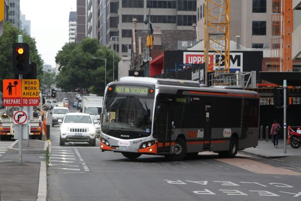 Transdev #682 rego 7972AO turns around at the west end of Lonsdale Street