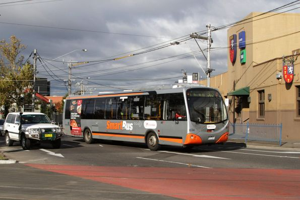 Transdev bus #634 7257AO on a route 903 service on Mount Alexander Road, Essendon North
