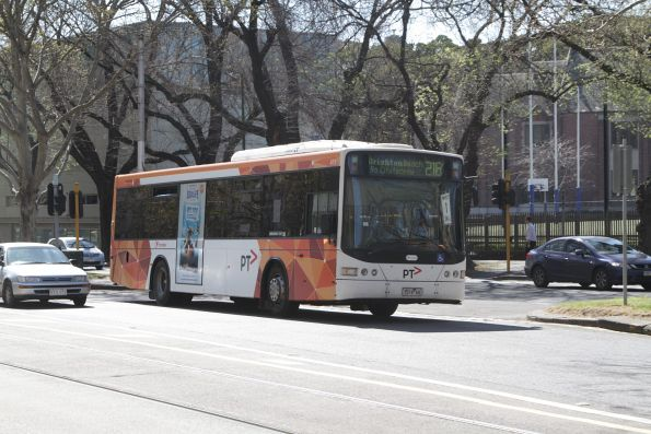 Transdev bus #419 rego 7519AO on route 216 heads south at St Kilda Road and Domain Road
