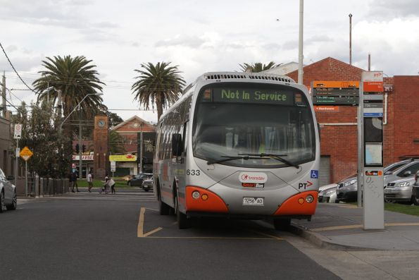 Transdev #633 rego 7256AO at the route 903 terminus in Mordialloc