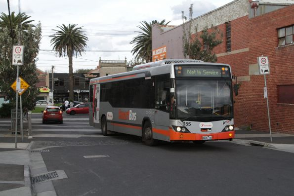Transdev #955 rego 8035AO arrives at the route 903 terminus in Mordialloc