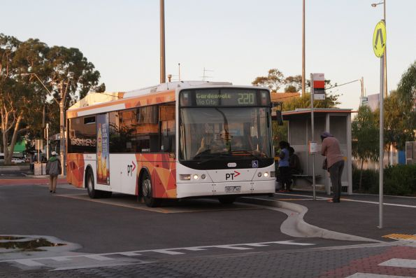 Transdev #413 5913AO on a route 220 service at Sunshine station