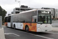 Transdev bus #118 BS00TB on a route 907 service at Mitcham station