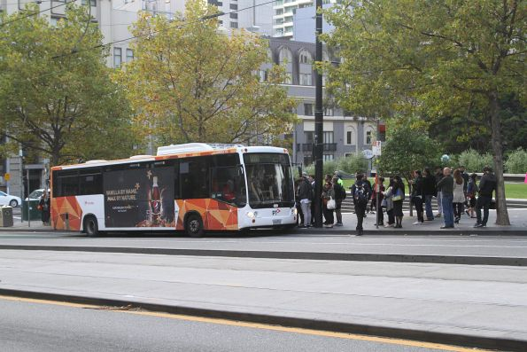 Transdev bus #516 2169AO on a route 237 service at Collins and Spencer Street