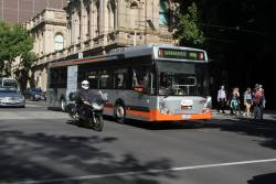 Transdev bus #718 1718AO on route 906 at Lonsdale and William Street