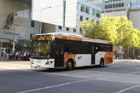 Transdev bus #975 8257 on route 906 at Lonsdale and William Street