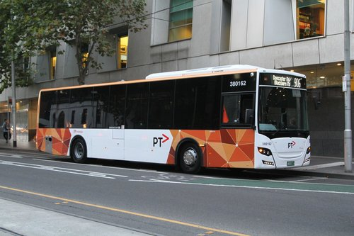 Transdev bus #162 BS03LV at William and Lonsdale Street