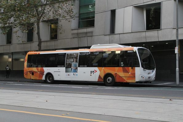 Transdev bus #651 out of service at William and Lonsdale Street