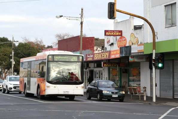 Transdev bus 7521AO on route 219 at Footscray station