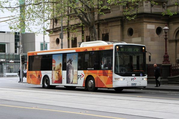 Transdev bus #398 5298AO empty at William and Lonsdale Street