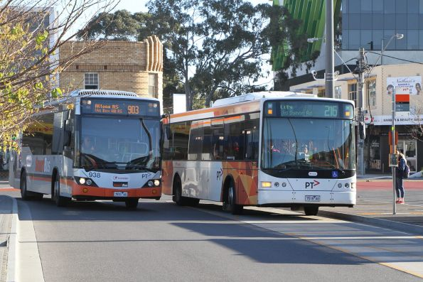 Transdev bus #938 7931AO on route 903 passes #418 7518AO on route 216