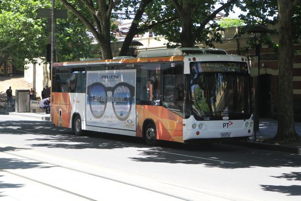 Transdev bus #532 5828AO on route 237 at Flinders and Market Street