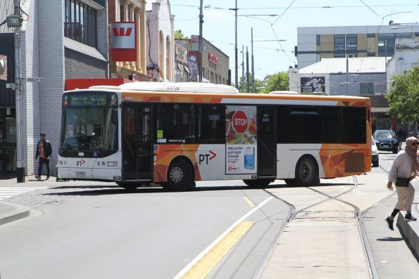 Transdev bus #419 7519AO on route 216 on Leeds Street, Footscray