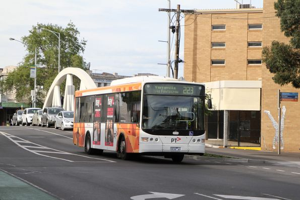 Transdev bus #438 9038AO on route 223 on Nicholson Street, Footscray