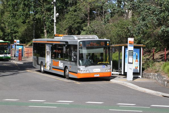 Transdev bus #8260 6546AO at Heidelberg station on route 903