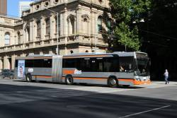Transdev articulated bus #2000 8033AO at Lonsdale and William Street