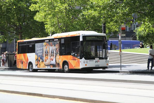 Transdev bus #524 0181AO on route 237 outside Southern Cross Station