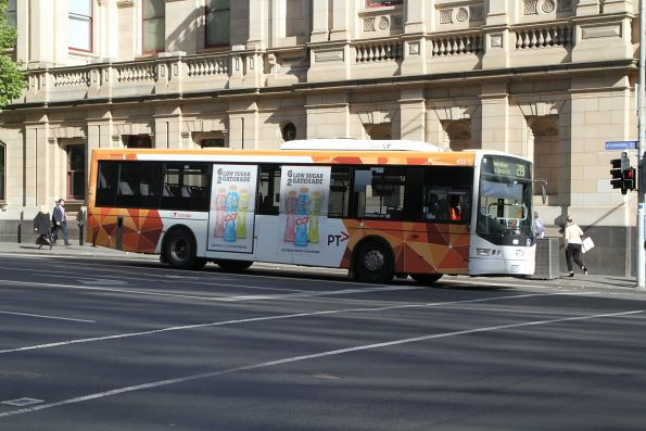 Transdev bus #433 on route 219 at Lonsdale and William Street