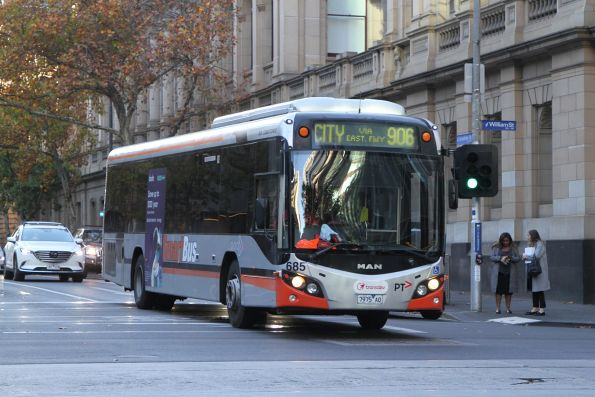Transdev bus #685 7975AO on route 906 at Lonsdale and William Street