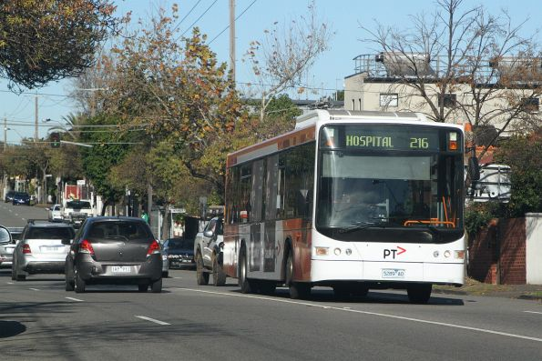 Transdev bus 5289AO heads north on route 219 on Williams Road, Prahran