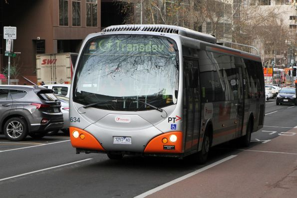 Transdev bus #634 7257AO not in service at Lonsdale and William Street