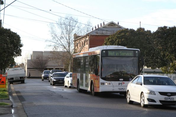 Transdev bus 7825AO in the back streets of Sunshine due to roadwork on Hampshire Road south of the railway station