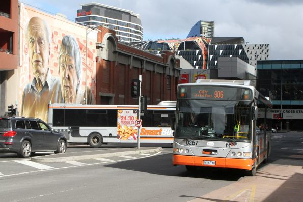 Transdev bus #8261 6547AO and #8261 6547AO turn around at Lonsdale and Spencer Street