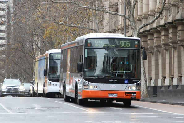 Transdev bus #8908 6708AO heads west on route 906 at Lonsdale and William Street