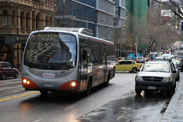 Transdev bus #652 7275AO heads east on route 235 at Collins and King Street