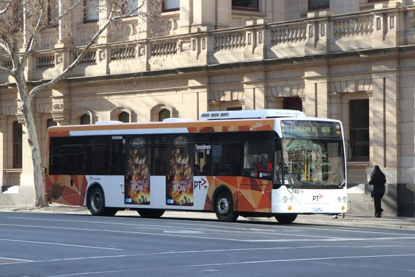 Transdev bus #740 1740AO heads west on route 905 at Lonsdale and William Street