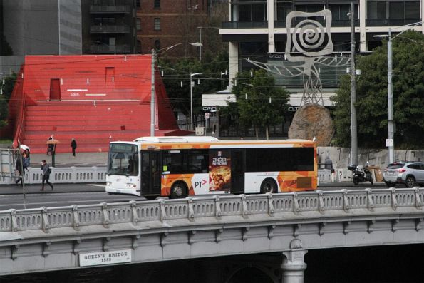 Transdev bus #358 crosses Queens Bridge on a northbound route 234 service