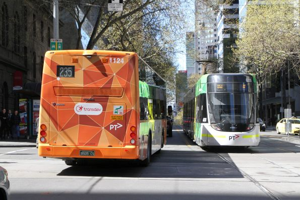 Transdev bus #1124 BS05CS heads east on route 235 at Bourke and William Street