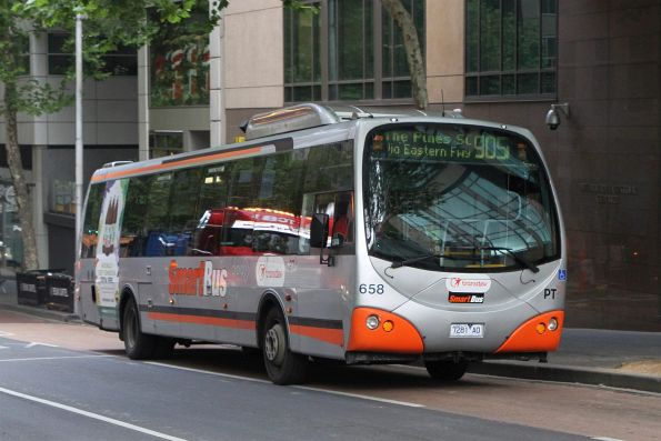 Transdev bus #658 7281AO heads east on route 905 at Lonsdale and William Street