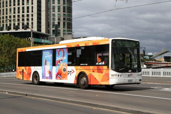 Transdev bus #426 7826AO on route 234 crosses Queens Bridge
