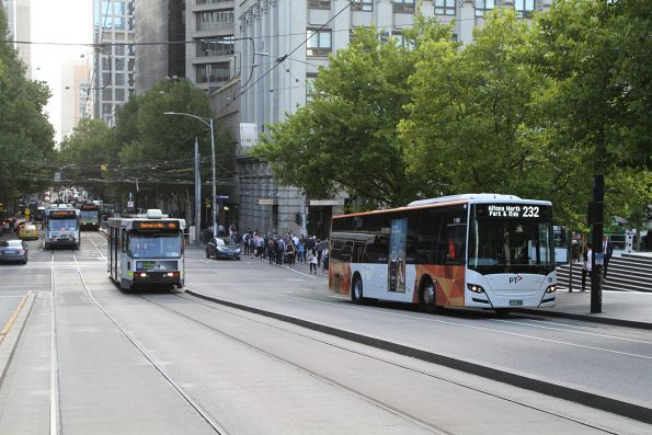 Transdev bus #1140 BS05CY on route 232 at Southern Cross Station