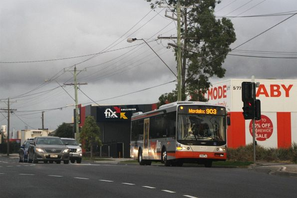 Transdev bus #8618 7996AO on route 903 along Wright Street, Sunshine