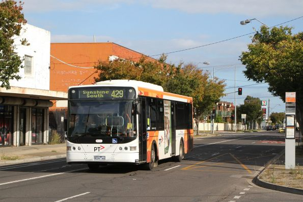 Transdev bus #439 9039AO on route 429 along Hampshire Road, Sunshine