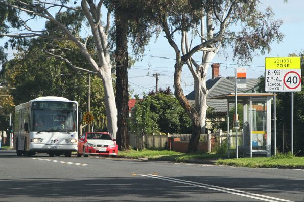 Transdev bus 4082AO eastbound on route 216 along Monash Street, Sunshine