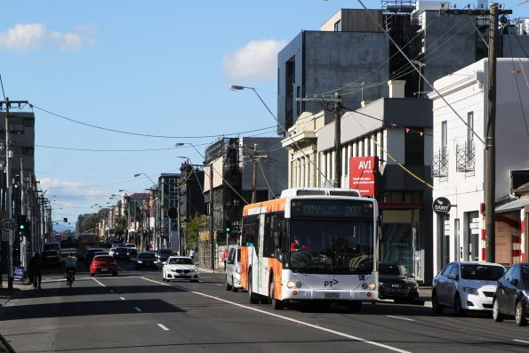 Transdev bus 6122AO on route 207 along Johnstone Street, Fitzroy