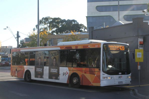Transdev bus #997 9103AO on route 426 at Sunshine station
