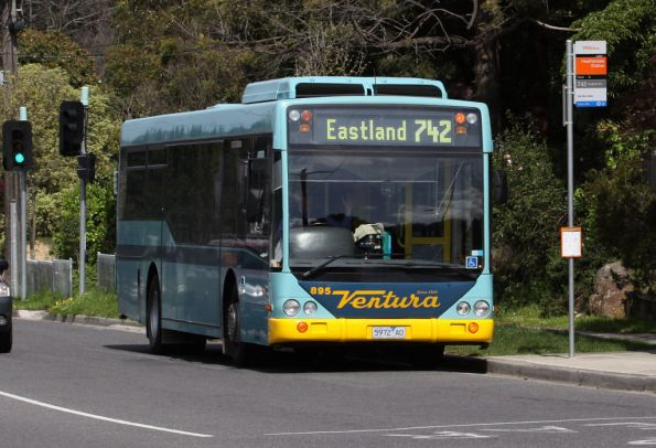 Ventura bus #895 rego 5972AO on route 742 picks up route 742 passengers at Heatherdale