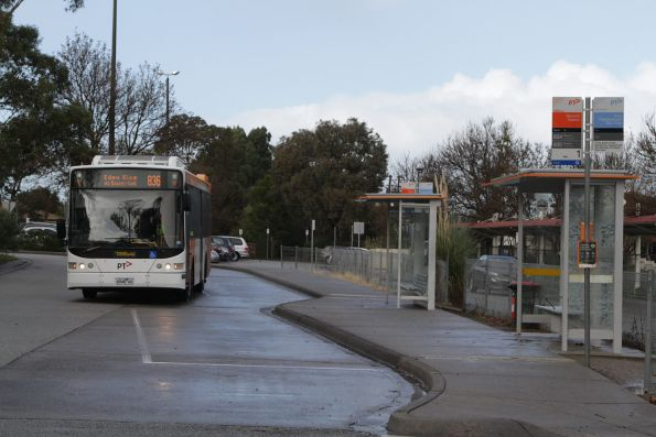 Ventura #278 6948AO on a route 836 service at Berwick station